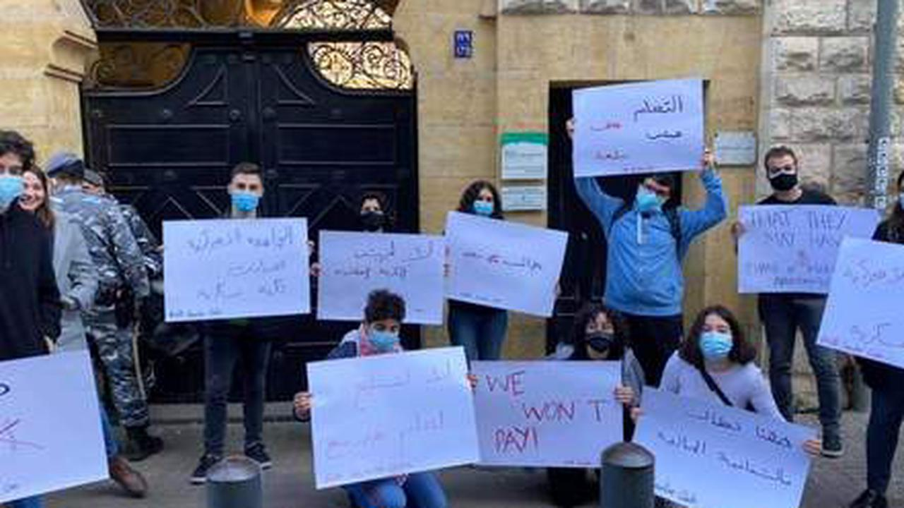 Scuffles after Student Protesters Try to 'Storm' AUB