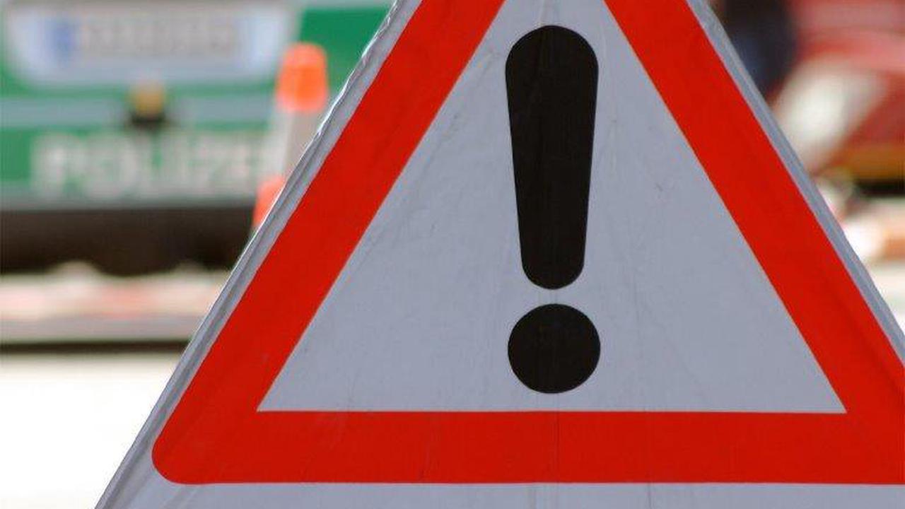 Glück im Unglück: Autofahrer nach Überschlag in Straubenhardt nur leicht verletzt