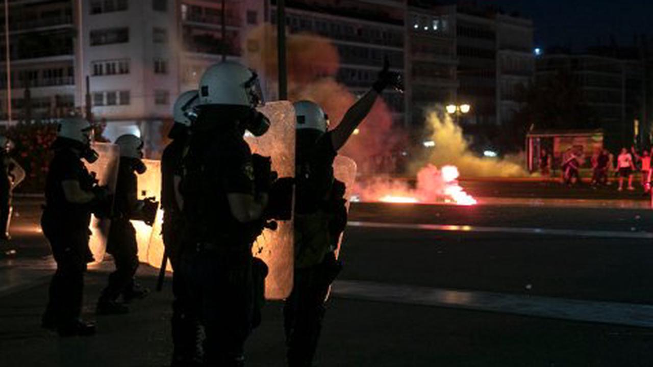Corona-Newsblog: Frankreich führt strengere Corona-Regeln ein