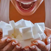 8 Warning Signs Your Eating Way Too Much Sugar