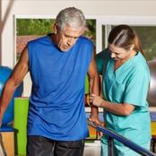 What does occupational therapist do ?