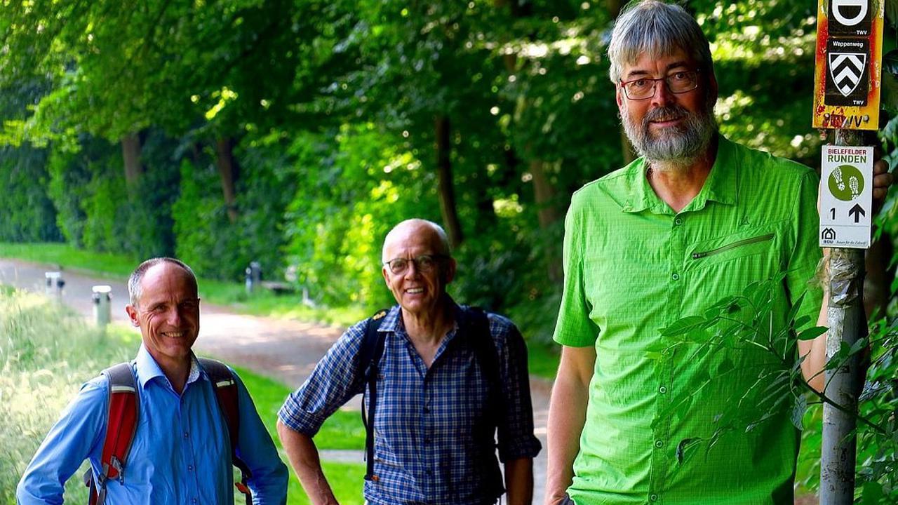Rekordversuch Dieser Mann will 88,8 Kilometer in 19 Stunden wandern - rund um Bielefeld