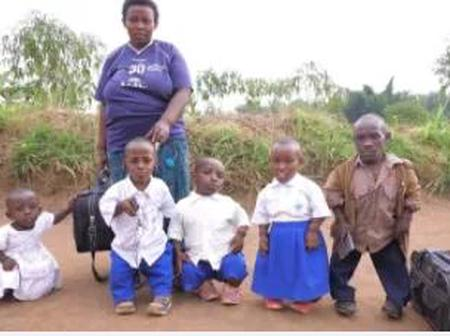 Meet the beautiful family of the man who is considered as the shortest in the community(pictures)