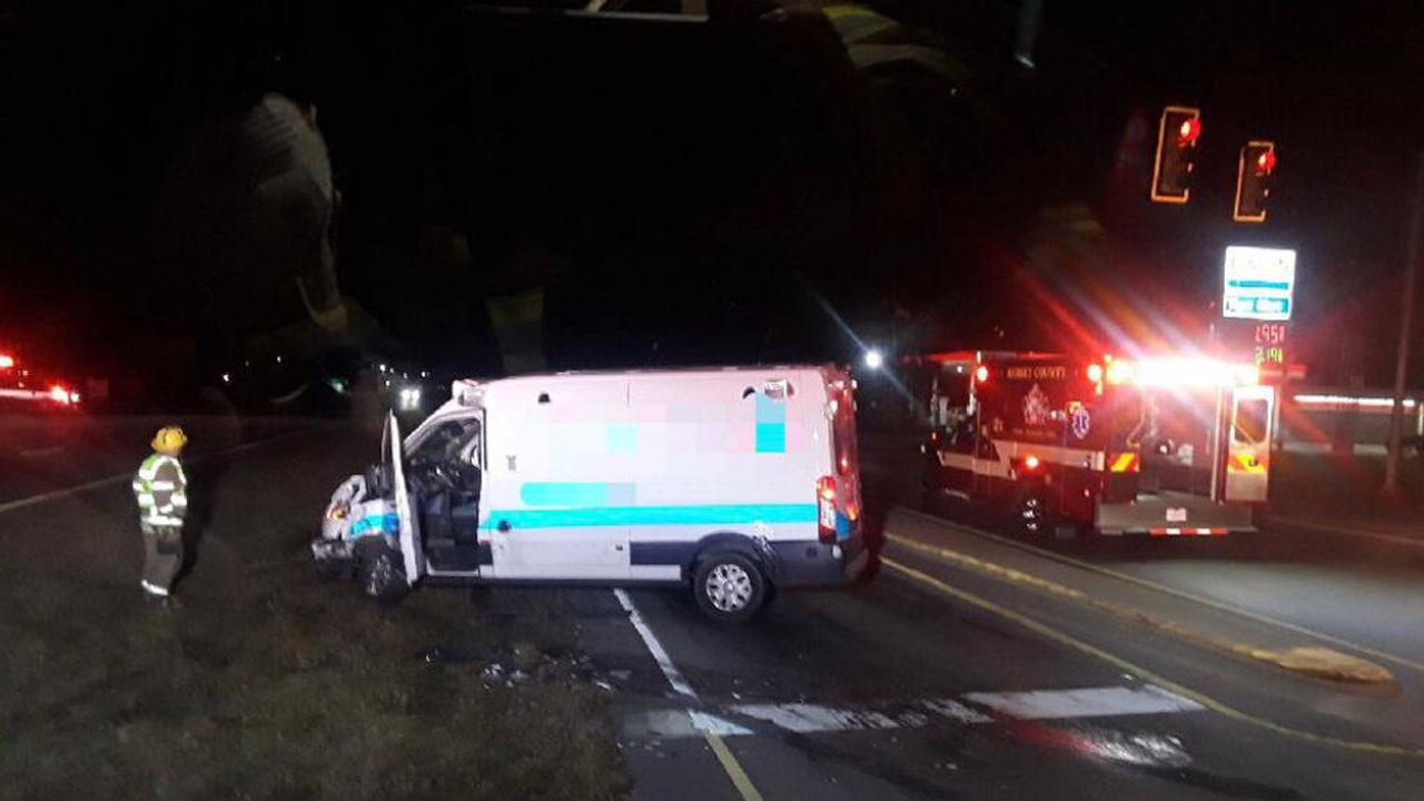 3 people taken to the hospital after 2-vehicle crash in Longs