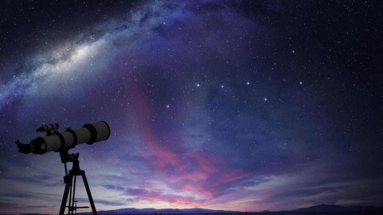Sternschnuppennacht im August 2021: Perseiden-Schauer, roter Blitzmond und Co.! Die Astro-Highlights im Sommer