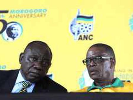 Ace Magashule vs Cyril Ramaphosa(who will win?)
