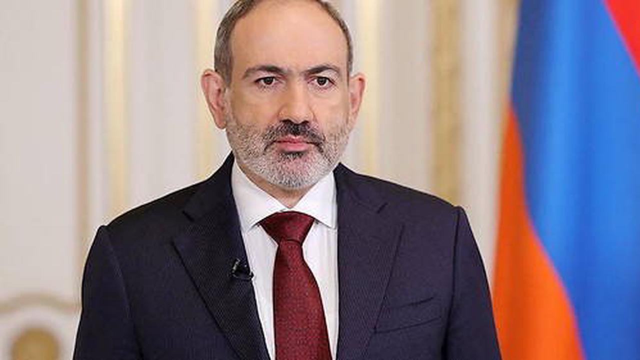 L'Arménie accuse l'Azerbaïdjan d'avoir violé la frontière, Macron réagit