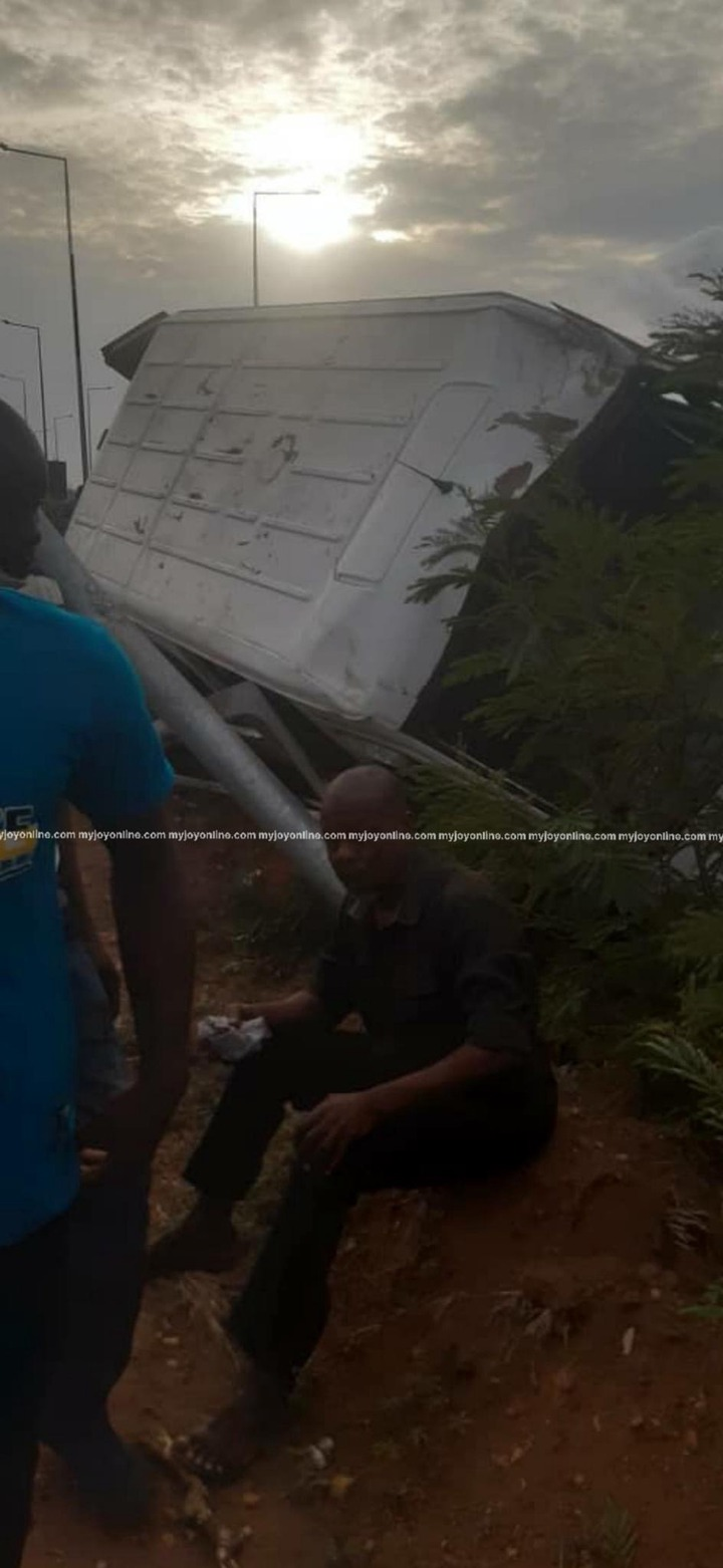 401ceec398dd4c908330569785f42b68?quality=uhq&resize=720 - 4 Persons Feared Dead And 16 Injured In A Gory Accident On The Accra To Tema Motorway At Dawn