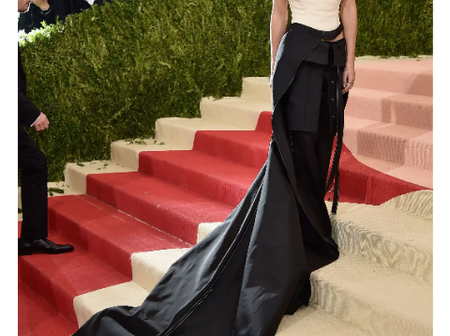 See Beautiful Photos of Emma Watson (Beauty) From Beauty And The Beast