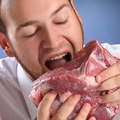 (قصة) كان يأكل اللحوم النيئة وبعض الزواحف كالثعابين.. انظر ما حدث له.. شيء أغرب من الخيال