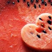 لب البطيخ.. يقوي الذاكرة والقلب وجهاز المناعة ويحسن الخصوبة ومفيد لمرضي السكر والضغط ويُحسن الهضم