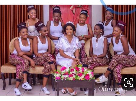 Ladies: See Photos Of Trending And Lovely Bridesmaid Outfits Rocked By Beautiful Bridesmaid
