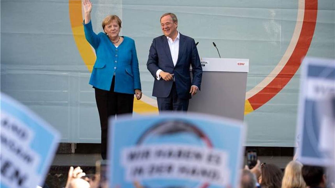 Wahlkampf im Endspurt: Merkel und Laschet treten in Aachen auf