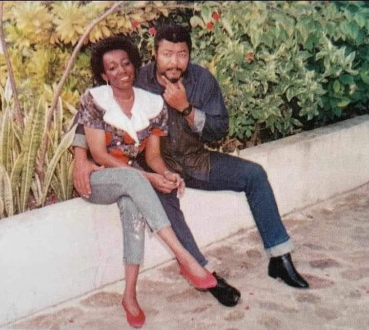 41245a5ba28f408ba0978408e4f15d62?quality=uhq&resize=720 - Rare Photo Of Late Rawlings And His Beautiful Wife Pops Up After His Burial