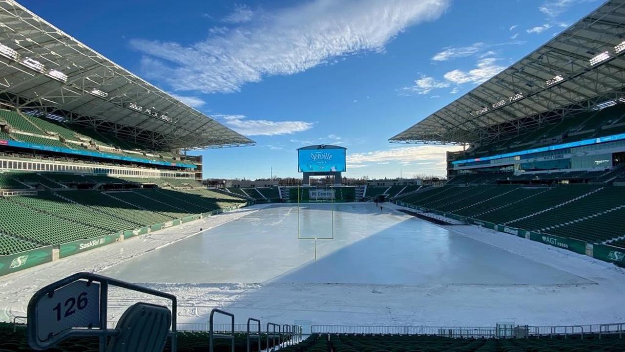 Regina's Mosaic Stadium's football field flooded for free, pandemic friendly skating