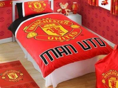 Real And Fancy Manchester United Fans.