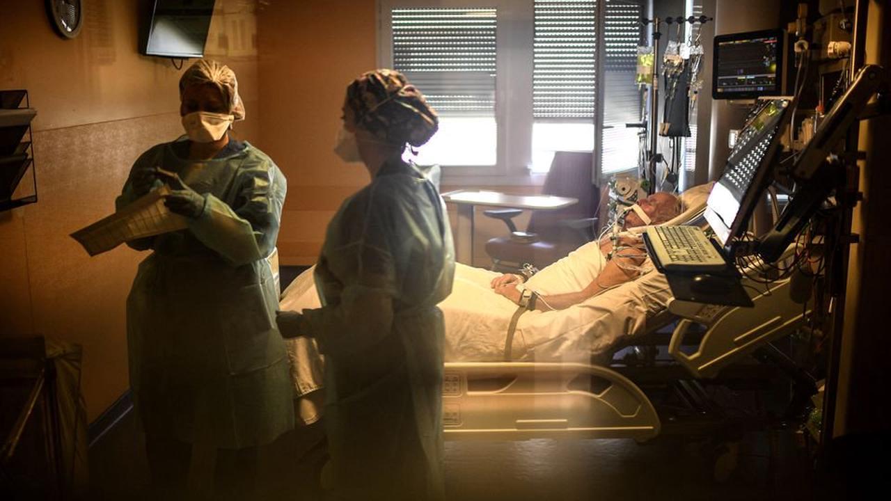 Ces infirmiers nous disent pourquoi ils restent à l'hôpital public coûte que coûte
