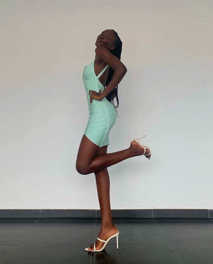 423a1e5d852849c1819b3a74c77c708a?quality=uhq&resize=720 - Beautiful Dark Skinned Model Causes Stir With Her Long Legs(Photos)