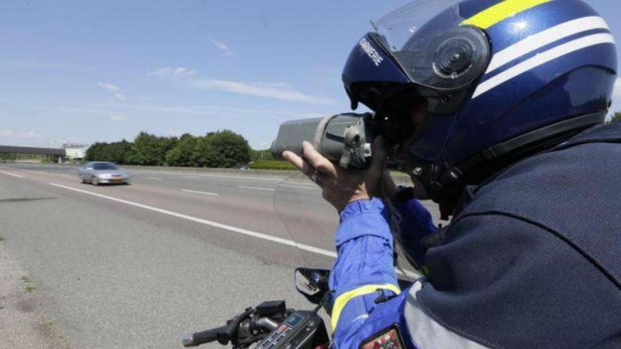 Il roulait à 207 km/h au lieu de 110 sur la RD 1330, à Apremont (Oise)