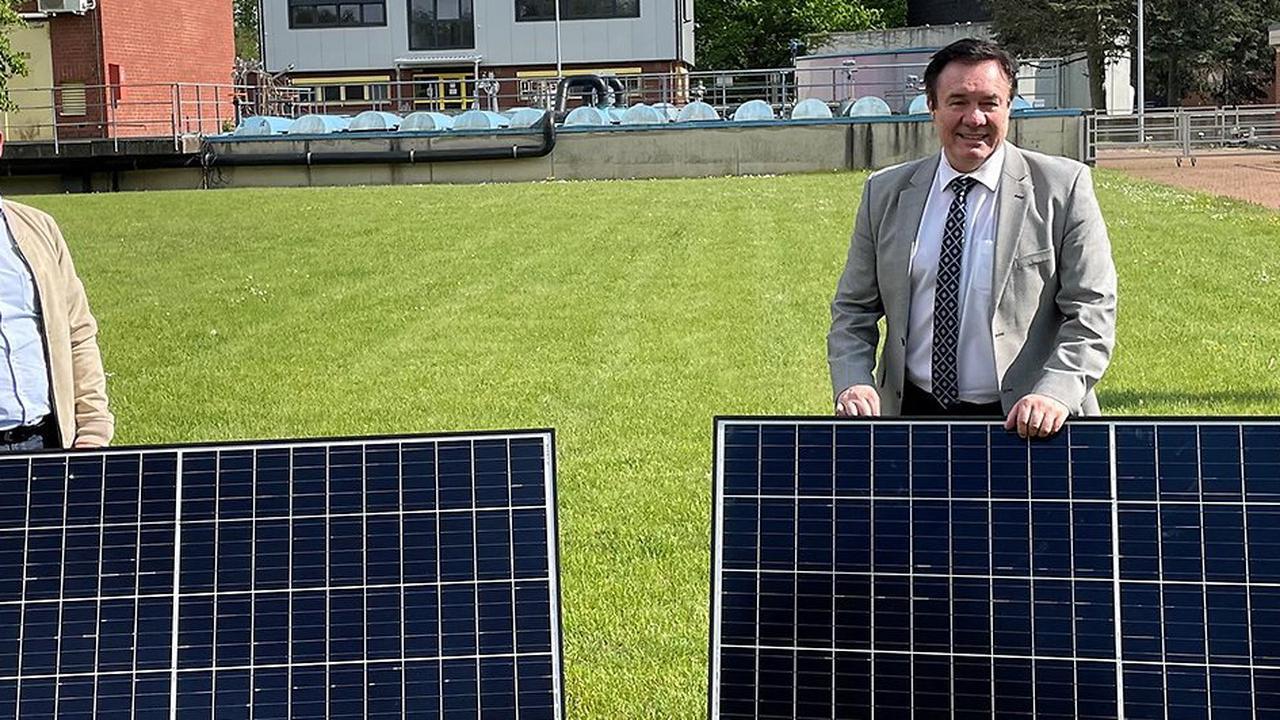 1800 Anlagen bis 2030 geplant: Hürther Stadtwerke steigen ins Photovoltaik-Geschäft ein