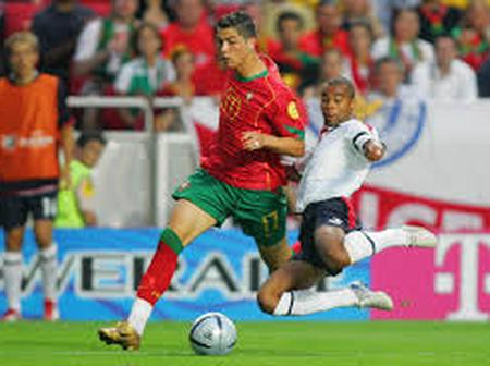 Ashley Cole is the best defender I have ever faced; He doesn't give you a second to breathe -C. Ronaldo