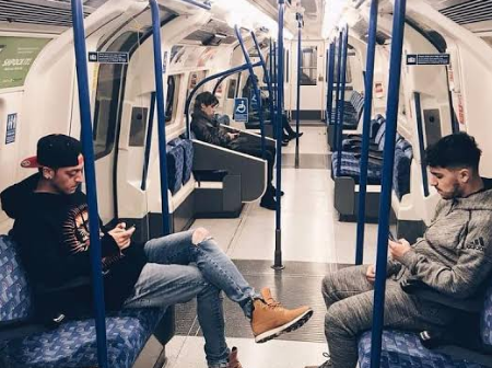 5 Footballers Who Were Caught Using Public Transport