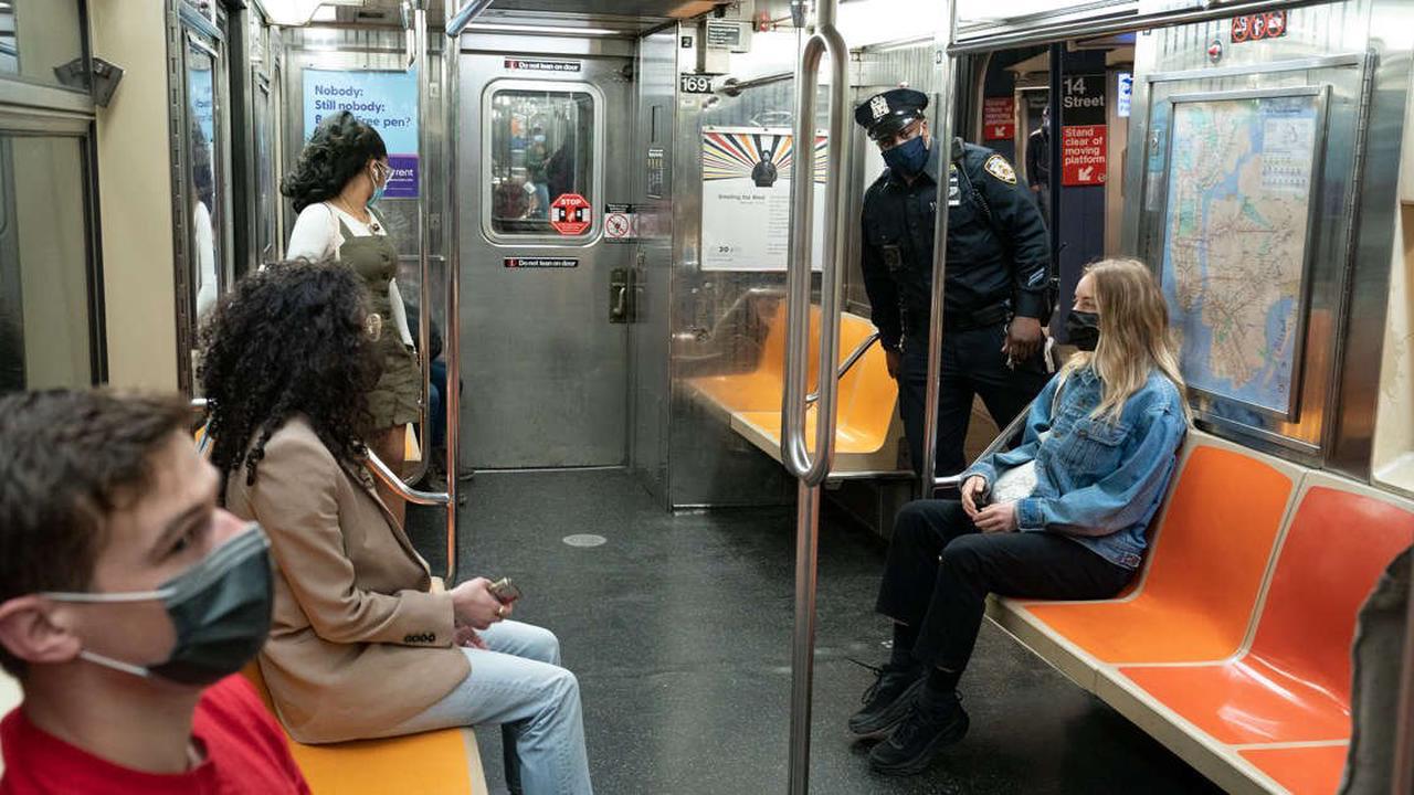 Subway slashings spark harsh words from NYC mayoral hopefuls