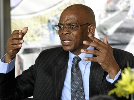 Trouble Breaks Out As Magashule Refuse To Step Aside, Cyril Insists He Must Step Down