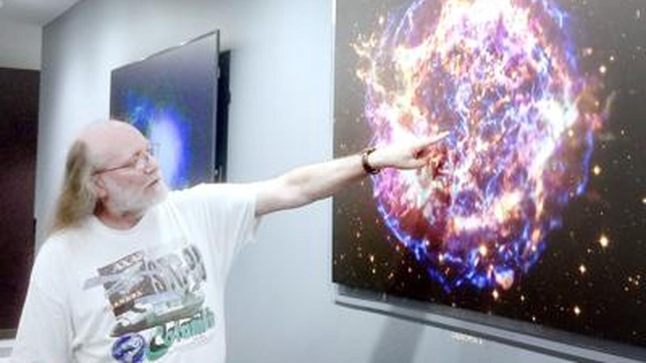UW-Whitewater alumnus takes over NASA observatory program