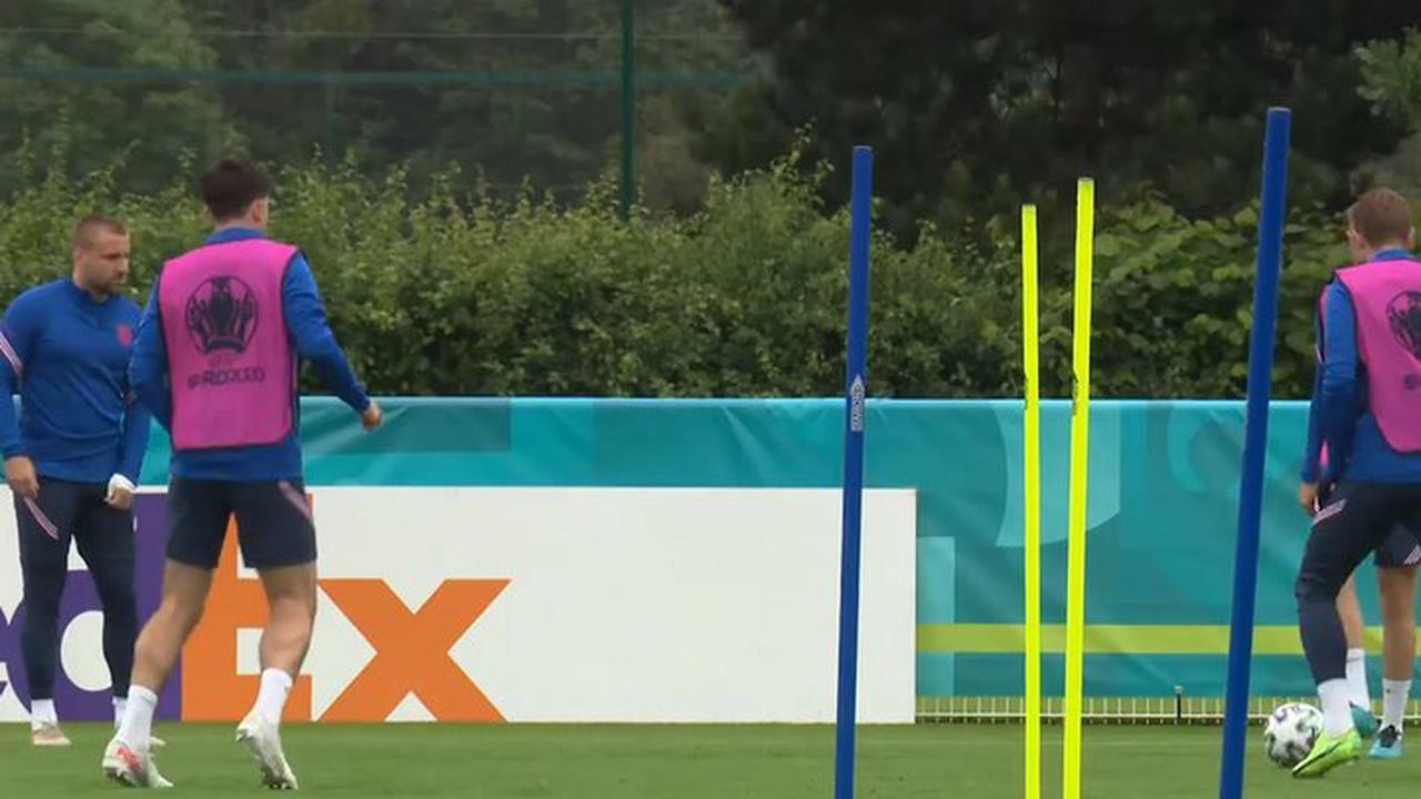 Gary Neville explains 'massive' England problem holding Harry Kane back at Euro 2020