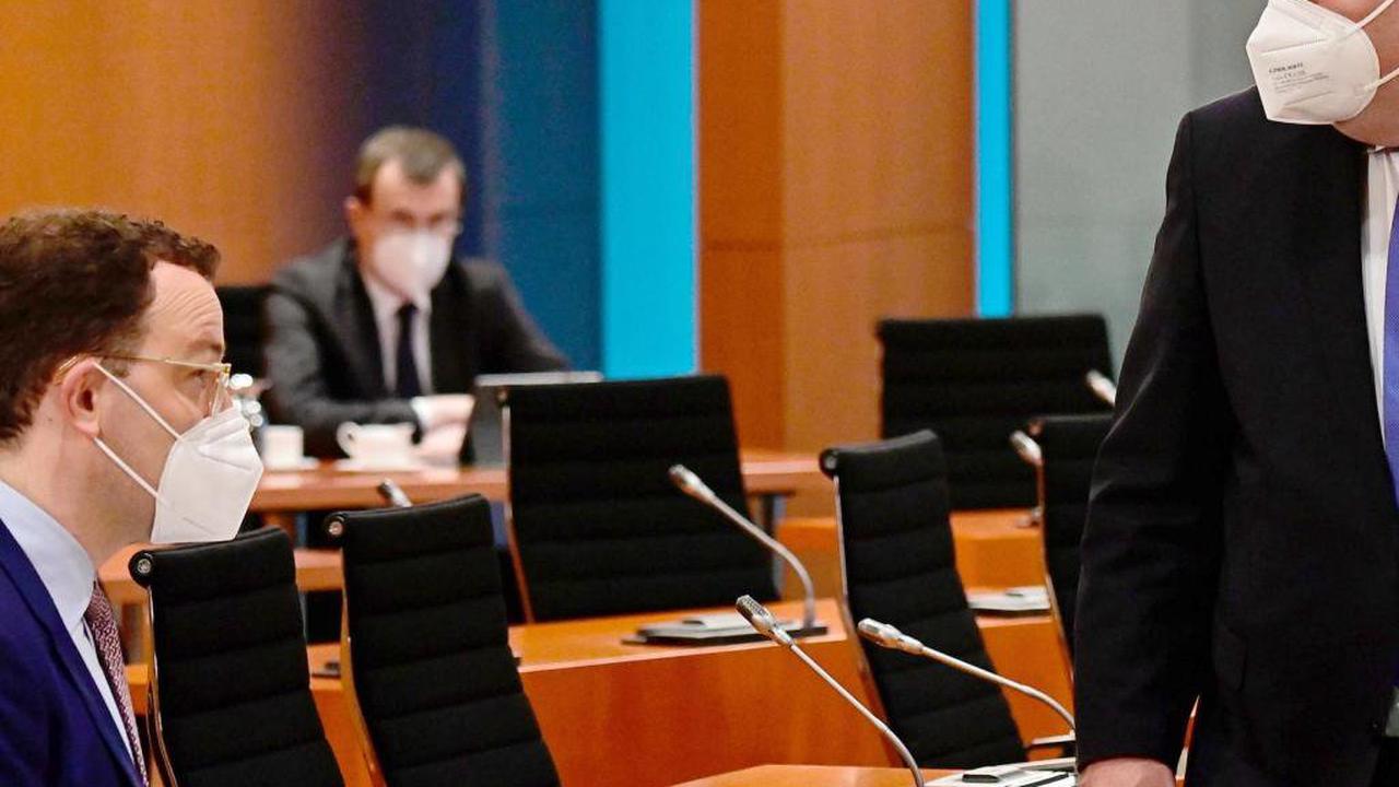 Bundestag debattiert über umstrittene Corona-Masken