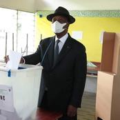 L'image du jour/élections législatives : le président Ouattara effectue son devoir civique