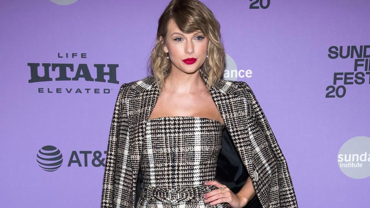 Scooter Braun says he regrets high-profile row with Taylor Swift