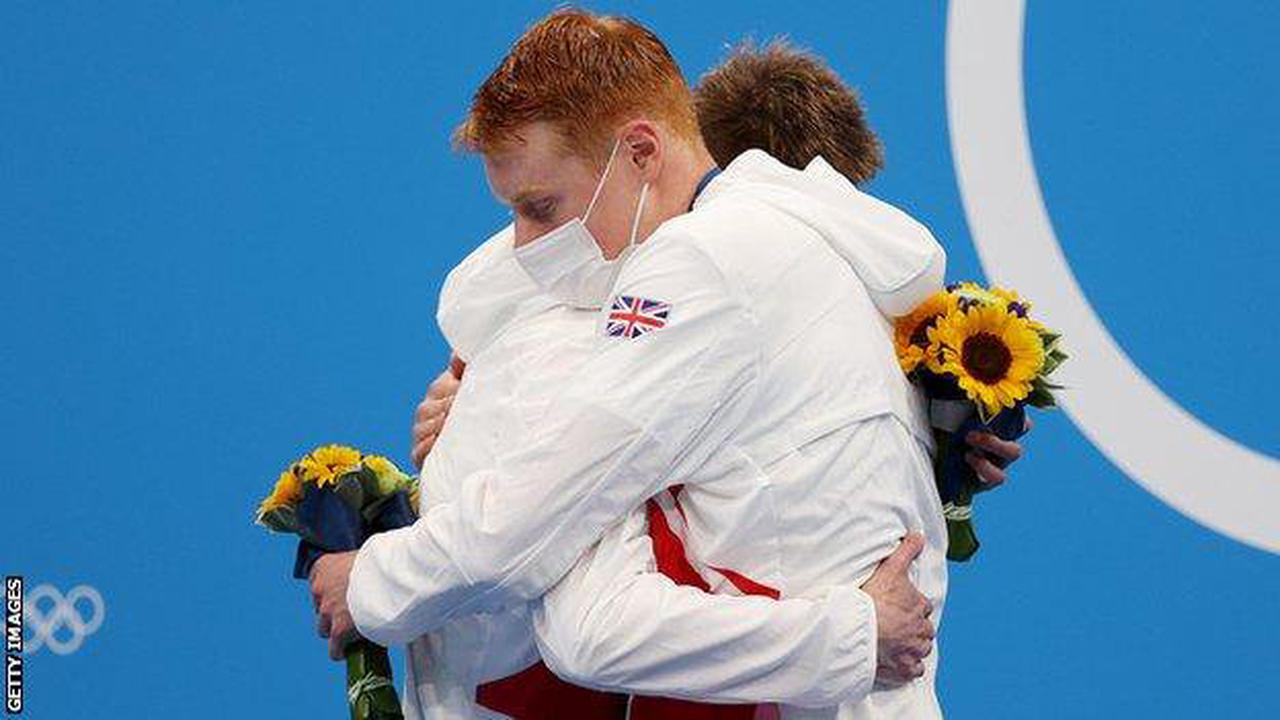 Tokyo Olympics: Tom Dean takes gold & Duncan Scott silver for GB in 200m freestyle