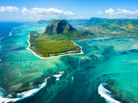 Reasons why you should Travel to Mauritius - Adults Only