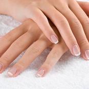 كيف تتخلص  من الجلد الميت حول الأظافر ؟
