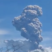 Over 4,400 people flee as a Volcano in Indonesia erupts.