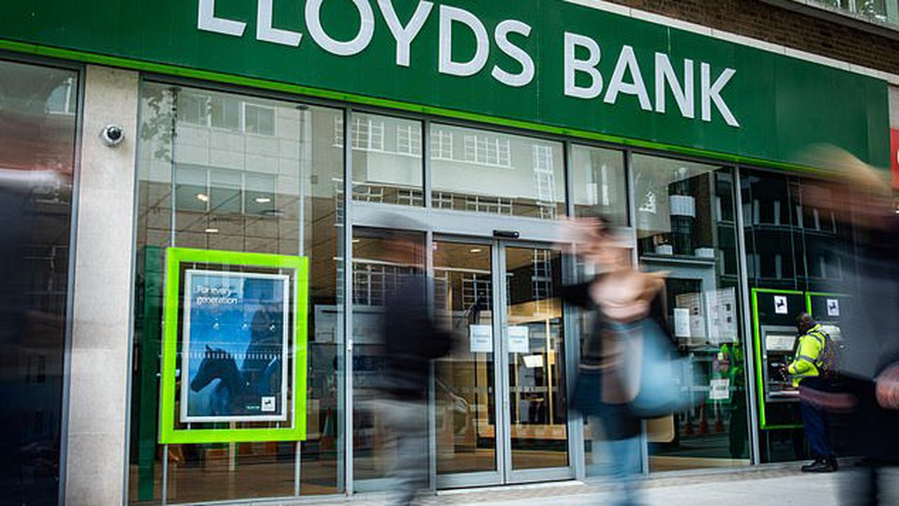Lloyds Banking Group plotting to acquire savings company for £400m in biggest deal since bank was privatised