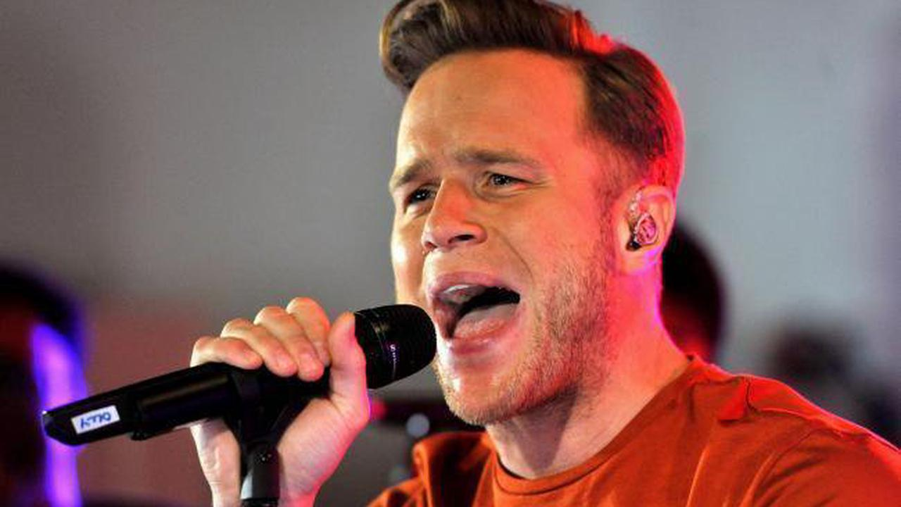 Olly Murs undergoes surgery after injuring himself on stage