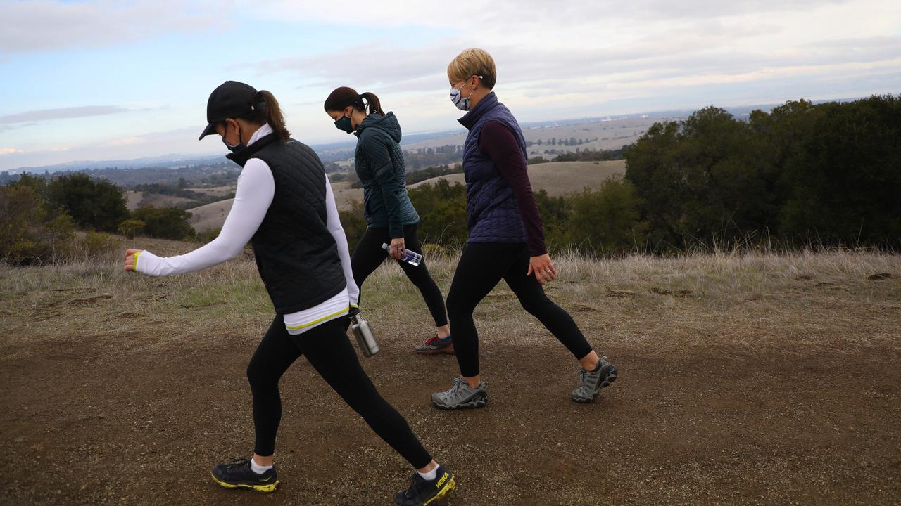 Palo Alto: Hundreds from around the region flooding into once-exclusive Foothills Park