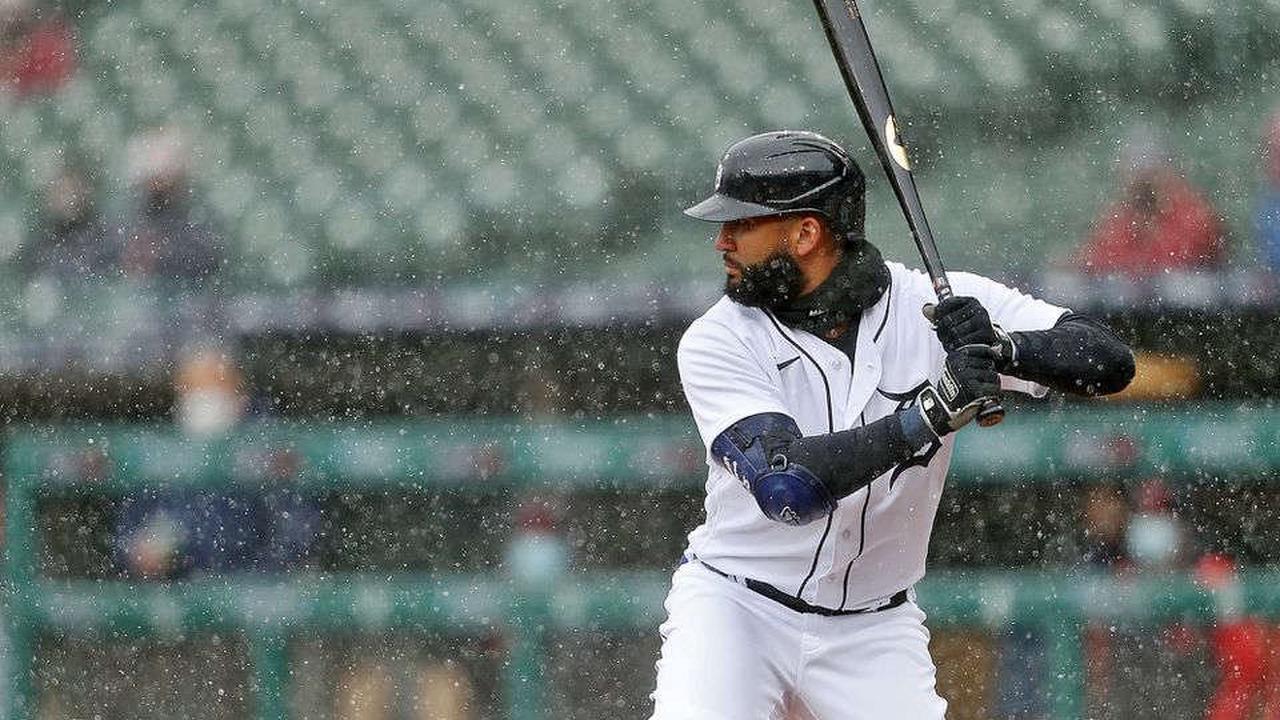 Tigers activate Nomar Mazara, demote struggling outfielder