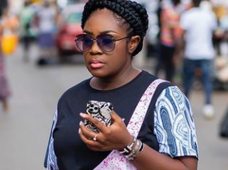See the street photos of Emelia Brobbey that received soo many lovely reactions and comments
