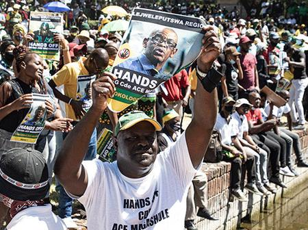 Magashule And Zuma's Supporters Plans National Shutdown