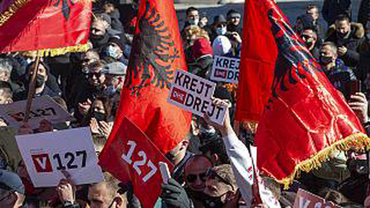 How EU enlargement apathy could push Kosovo and Albania to join forces