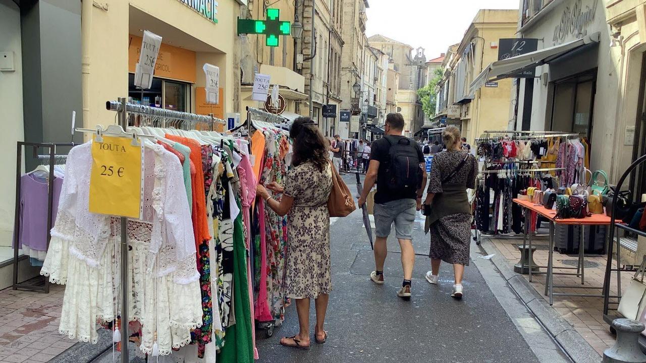 Avignon. La braderie a jonglé avec la pluie ce jeudi, mais mise sur un week-end ensoleillé