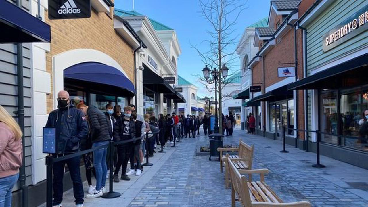 Covid enforcers give 'advice' to 25 Stoke-on-Trent shops on reopening day