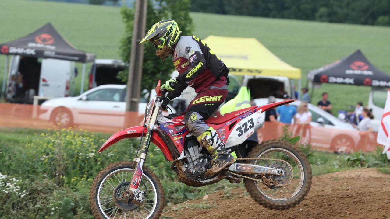 Nicolas Cottenet (Landricourt), champion des Hauts-de-France 125 cc à 43 ans!
