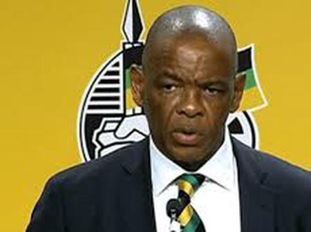 Gangster State leader, Ace Magashule defies ANC (NEC) resolution (Opinion)