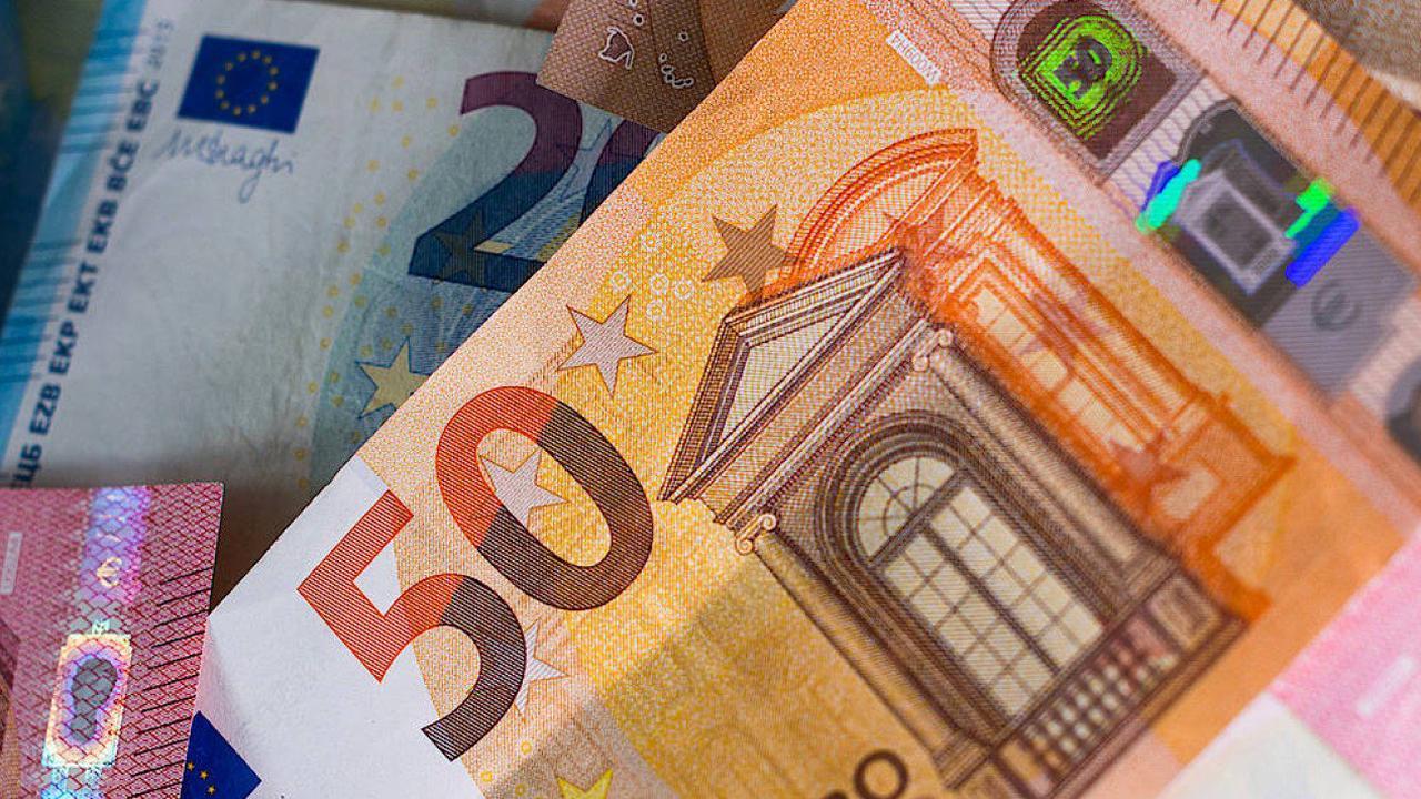 Bundesbank: Geschätzt 40 Prozent des Bargelds gehortet