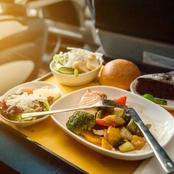 أسرار اختلاف مذاق طعام الطائرات.. لماذا تبدو وجبات الخطوط الجوية سيئة